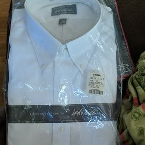 White Lord & Taylor mens dress shirt